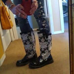 💕Size 7 doc Martin floral boot 💕🌺
